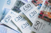 Image of £20 and £50 notes